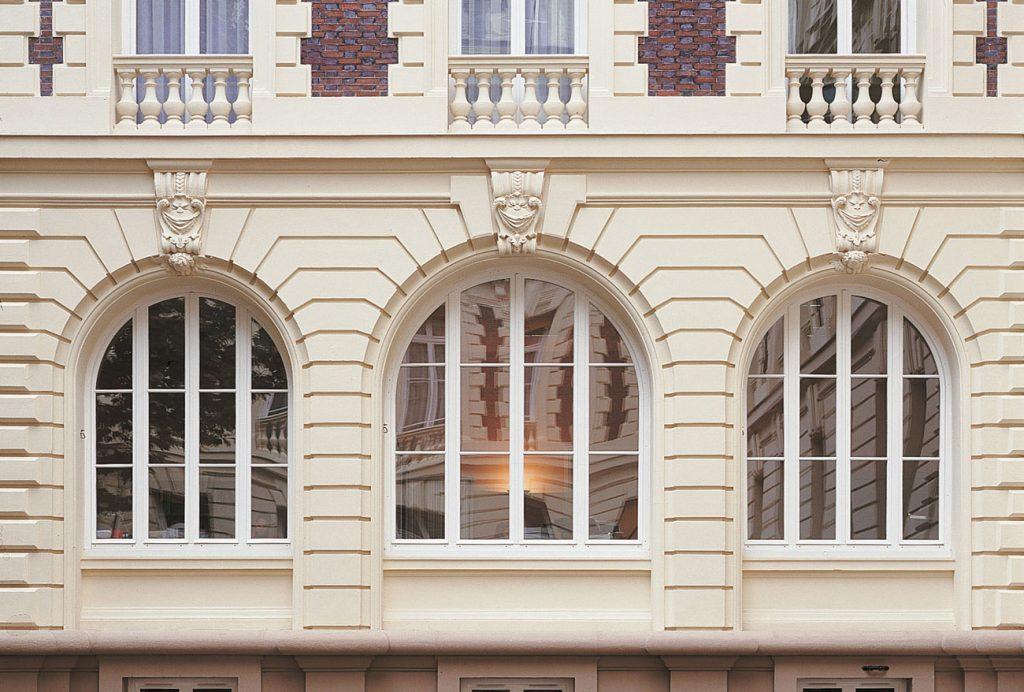 Jouez avec les formes de vos fenêtres : l'atout déco qui fait toute la différence
