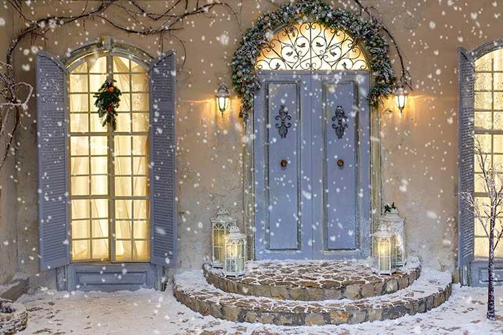 Déco de Noël : quelles idées originales pour ses menuiseries ?
